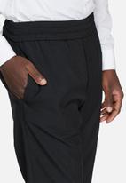 Jack & Jones - Ace anti fit cropped pants