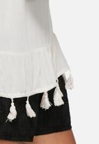 Vero Moda - Wonda tassle top