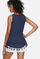 Vero Moda - Wonda tassle top