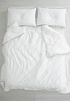 Sixth Floor - Black piping cotton duvet set