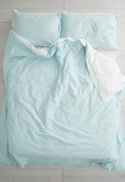 Sixth Floor - Reversible duvet set - duck egg/white