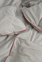 Sixth Floor - Stripe duvet set