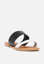 dailyfriday - Amanda Leather Sandal