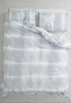 Sixth Floor - Tie dye duvet set