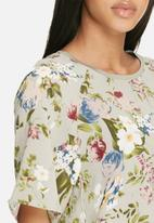 ONLY - Nova lux spring top