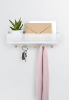 Umbra - Estique entry organiser