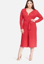 Missguided - Plus size wrap jumpsuit