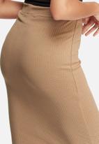 Missguided - Ribbed popper skirt