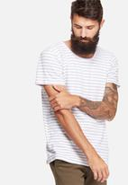 basicthread - Stripe scoop neck tee