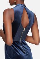 Vero Moda - Liam velvet dress