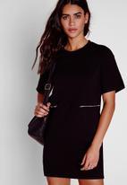 Missguided - Zip detail T-shirt dress