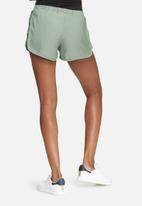 dailyfriday - Hammered satin jogger shorts