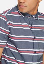 basicthread - Stripe slim fit shirt