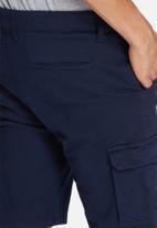 basicthread - Slim utility shorts