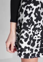 Missguided - Leopard print A-Line mini skirt