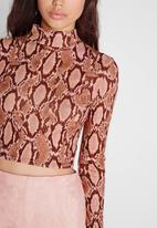 Missguided - Turtle neck crop top