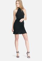 Missguided - Fishtail hem halterneck bodycon dress