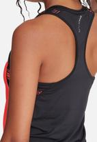 ONLY Play - Zeus training top