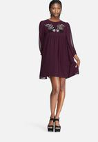 Glamorous - Embroidered babydoll dress