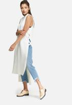 Glamorous - Hi neck longline knit top