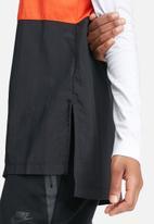 Nike - International long sleeve top