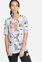 Nike - International signal tee