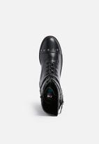 Daisy Street - Buckle studded boot