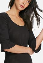 dailyfriday - Bell sleeve ribbed bodysuit