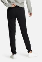 Vero Moda - Thea studded belt pants