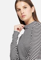 Jacqueline de Yong - Spirit stripe roll neck