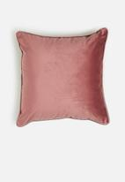 Sixth Floor - Magical cushion