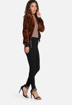 Missguided - Quilted bomber jacket