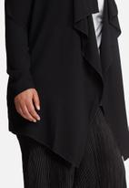 Missguided - Plus Size waterfall crepe jacket