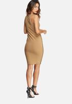 Missguided - Zip side sleeveless midi dress