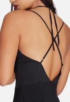 Missguided - Silky strap detail bodysuit