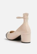 dailyfriday - Block heel