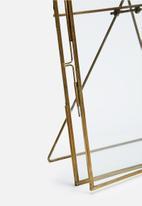 Sixth Floor - Paloma frame