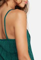 dailyfriday - Plissé v-neck cami