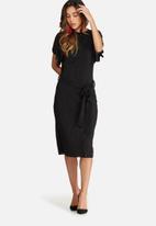 dailyfriday - Plissé midi dress with tie belt
