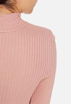 Vero Moda - Wollie wool funnelneck top