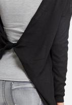 Noisy May - Fash drapey back knit