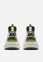 fa520084553 Nike Air Huarache Run Ultra SE - 875841-300 - Palm Green / Sail ...