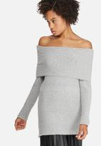 dailyfriday - Off shoulder tunic