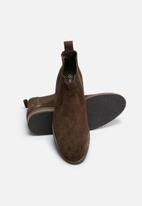 basicthread - Cameron suede chelsea boot