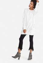 Missguided - Distressed ribbed oversized sweat dress