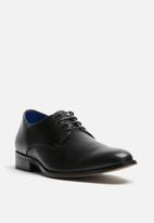 Watson Shoes - Marlin leather derby