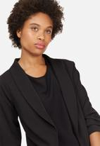 dailyfriday - Ruched sleeve blazer
