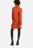 dailyfriday - Fluted sleeve knitwear dress