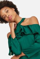 dailyfriday - Cold shoulder frill blouse