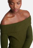 dailyfriday - Ribbed knit off shoulder dress